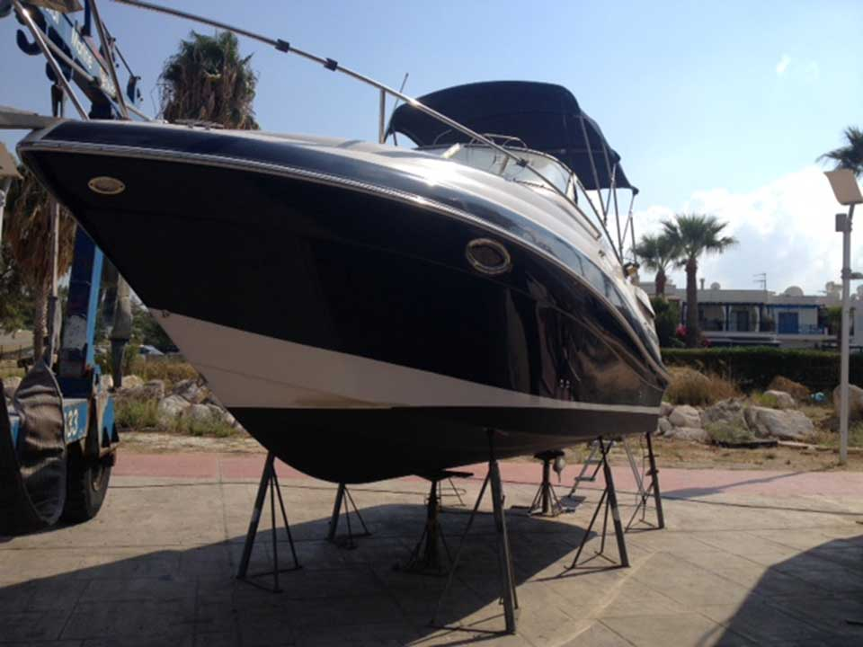 Four Winns 258 Vista 2006 280hp | Cyprus Boat Sales